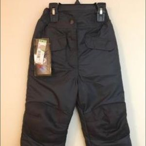 NWT Extreme Outfitters iron knee snow pants 5/6